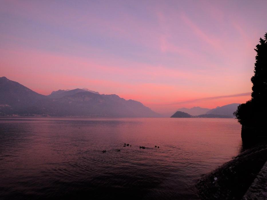 photoblog image Lake Como - center of the lake .JPG
