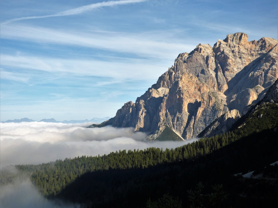 photoblog image Doliniti Passo Valparola Above the clouds .JPG
